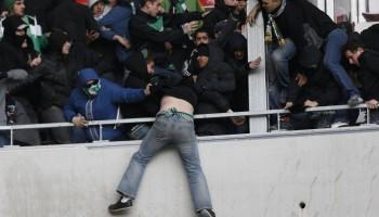 fans-brawl-soccer-match-france
